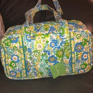 NWT Vera Bradley English Meadow Quilted Bag